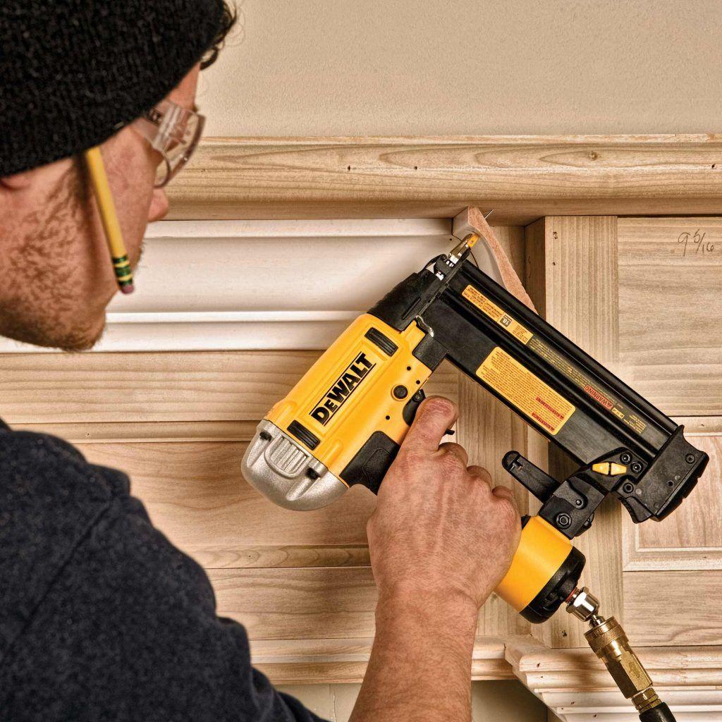 clavadoras eléctricas para madera